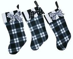 These stockings are an easy weekend project.