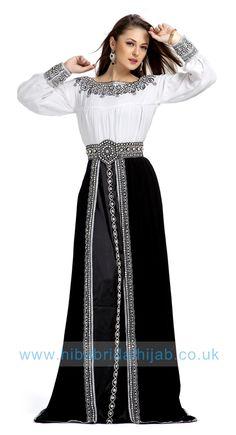 White and Black color Exclusive Kaftans-Georgette Designer Kaftan Moroccan Kaftan Dress, White Kaftan, Caftan Dress, Blue Chiffon Dresses, Modest Dresses, Casual Dresses, Colourful Outfits, Colorful Fashion, Caftan Gallery