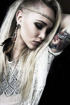 can't wait for my hair to get this long with my shaved side-cut