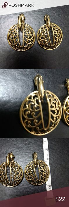 Gold tone fashion earrings These gorgeous clip ons are modern Trifari fashion earrings. Trifari Jewelry Earrings