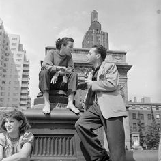 """""""A young couple deep in conversation in Washington Square. 1952.""""(Getty Images"""