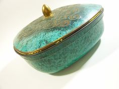 Vintage Turquoise Green and Gold Tin Made by buckeyesandbluegrass, $14.00