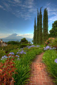 "Gardens in ""Hotel Atitlán"" in Guatemala Central America | 500px.com - Edgar Monzon"