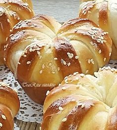 Bread Dough Recipe, Muffin, Doughnut, Hamburger, Food And Drink, Cupcakes, Cookies, Recipes, Crack Crackers