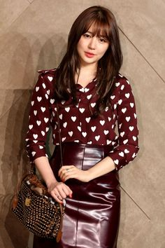 To find out about the Red Long Sleeve Hearts Print Chiffon Blouse at SHEIN, part of our latest Blouses ready to shop online today! Cute Blouses, Red Blouses, Blouses For Women, Yoon Eun Hye, Fall Outfits, Cute Outfits, Fashion Outfits, Womens Fashion, Blue And White Jeans