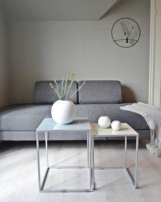 Jotun grå harmoni 1032 farge Jotun Lady, Nars, Living Room, Bedroom, Table, Furniture, Kitchen, Home Decor, Cooking