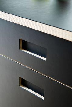 Kitchen cabinets with linoleum - koekkenskaberne - Linolium - Kitchen cabinet Plywood Interior, Plywood Furniture, Kitchen Furniture, Kitchen Interior, Interior Design Living Room, Unique Furniture, Plywood Kitchen, Plywood Cabinets, Kitchen Layout