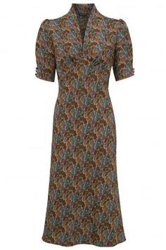 Mabel dress in winter plume print #PrettyEccentric #1940s #Forties #Landgirls #Wartime #TeaDress #Vintage #Retro