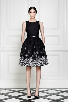 Jason Wu... I really like your style.  I would wear this day/night/office... love the simplicity and fun pattern