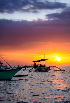 Dawn-Dolphin watching, Lovina, Bali, Indonesia, Wanderlust, Bucket List, Island, Paradise, Bali, Travel, Exotic Places, temple, places to visit in Bali, Balinese food must try.