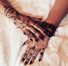 Bohemian henna, black henna, witchy, strega, bruja, hexen, goth tattoos, goth designs
