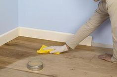 An overview of the different types of parquet Best Wood Flooring, Old Wood Floors, Cleaning Wood Floors, Wood Laminate Flooring, Hardwood Floors, Removing Dog Urine Smell, Cleaning Pet Urine, Pet Odors, Best Floor Cleaner