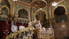 Srikantadatta Narasimharaja Wadiyar, the scion of the erstwhile Mysore royal family sits on the golden throne on the last day of Khas Durbar or private court at Mysore Palace, in Mysore 145 kilometers south west of Bangalore, India, Saturday, Oct. 20, 2007.