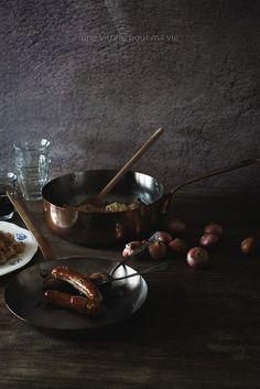 Nürnberger Bratwurst and Sauerkraut with Mashed Potatoes | Une Vitrine Pour Ma Vie