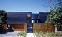 Bluestone & Zinc architecture  See more great houses at http://www.designhunter.net #architecture #interior design