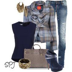 LOVE this plaid blazer :)
