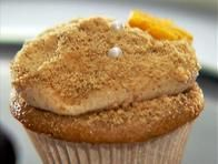 Cinnamon Sugar Graham Cupcakes