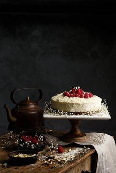 Tarta de chocolate blanco by Raquel Carmona #foodporn #foodphotography