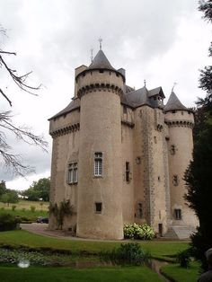 Castle for Sale....     Château de la Chezotte, Creuse, France, Price: € 995,000 Euros....     A Monument Historique, the castle was built between 1450 and 1485 in what was then the Comte de la Marche.....       www.castlesandmanorhouses.com/chateauxforsale.htm