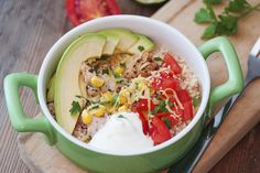 This Tex-Mex quinoa bowl will make you forget all about Chipotle! quick and easy meals Lunch Recipes, Dinner Recipes, Healthy Recipes, Dinner Menu, Healthy Meals, Healthy Cooking, Healthy Eating, Cooking Recipes, Tex Mex