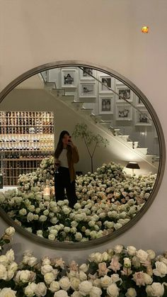 Kris Jenner, Kendall Jenner Outfits, Beige Aesthetic, Flower Aesthetic, Film Aesthetic, Look At You, Pretty Flowers, Bday Flowers, Instagram Story