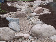 Adorable 75 Gorgeous Dry River / Creek Bed Design Ideas on Budget https://homearchite.com/2017/07/06/75-gorgeous-dry-river-creek-bed-design-ideas-budget/