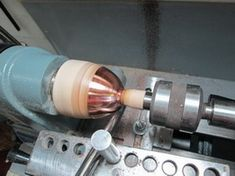 Turning Tools, Wood Turning, Metal Lathe Projects, Metal Forming, Metal Working Tools, Milling Machine, Mechanical Design, Spinning, Track Lighting