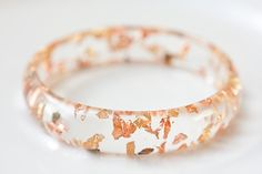 resin goldf lakes bangle...