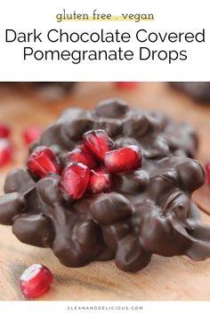These pretty little Chocolate Covered Pomegranate Drops are fun, festive and make for a lovely non-cookie, holiday dessert. Biting into these little Chocolate Covered Pomegranate drops is pure heaven.  The pom seeds burst in your mouth and the rich, dark chocolate melts all around them. Healthy Gluten Free Recipes, Healthy Dessert Recipes, Delicious Recipes, Yummy Food, Healthy Christmas Recipes, Easy Holiday Desserts, Sin Gluten, Melting Chocolate, Chocolate Covered