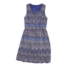 Dress up the boho printed dress with a blazer or moto jacket for a night out. During the day, try it with sandals and a denim jacket - such a versatile piece that can be worn year round! (Stitch Fix Betty Dress)