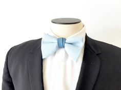 1970s Wide Bow Tie / Two Tone Blue  / Clip On / by fourBvintage