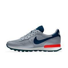 Nike Internationalist iD Zapatillas - Hombre Nike Red Sneakers, Nike Shoes Blue, Moda Sneakers, Nike Tennis Shoes, Sneakers Mode, Nike Free Shoes, Nike Internationalist, Spring Shoes, Summer Shoes