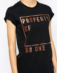 Imagen 3 de Camiseta estilo boyfriend con eslogan Property Of No-One de Adolescent Clothing