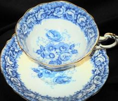 Paragon Heavenly Roses  Tea cup and saucer