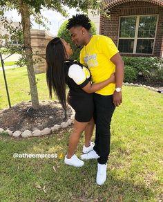 follow @LayBaaby ? for more! #relationships #couples #baewatch #blackcouple #goals #baewya #relationshipgoals #couplemirrorpic #blackboyfriend #blackgirlfriend