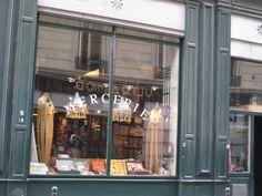 Ultramod - dressmaker  14 Rue Monsigny  75002