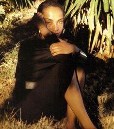 music soul jazz SADE diamond life Stronger than Pride Sade Adu soldier of love Love Deluxe Beautiful Black Women, Beautiful People, Perfect People, Sade Adu, Afro, Jazz, By Any Means Necessary, Diamond Life, Female Singers