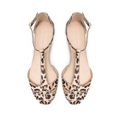my animal print obsession is still going strong- LEATHER SANDAL from Zara