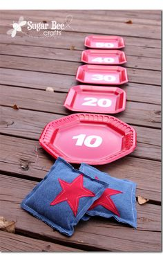 SINGING TIME IDEA: cute 4th of July game...bean bag toss using paper plates