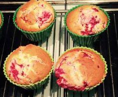 Rezept Cream Cheese Himbeer Muffins von Papergirl6 - Rezept der Kategorie Backen süß