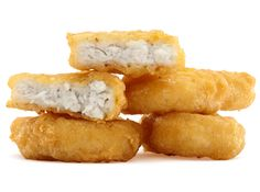 McDonald's Chicken McNuggets INGREDIENTS 4 chicken breasts 1 egg cup water 1 cup all-purpose flour 1 teaspoon onion powder teaspoon garlic powder teaspoon salt teaspoon pepper Pinch of sugar Vegetable oil, for frying Poulet Kentucky, Pollo Frito Kfc, Mcdonalds Recipes, Restaurant Recipes, Copycat Recipes, I Love Food, Food To Make, Chicken Recipes, Healthy Recipes