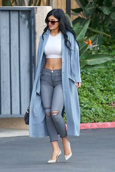 Kylie jenner dusty blue coat