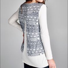 Geometric Open Back Top Navy and off-white geometric open back top. Brand new! Tops Blouses