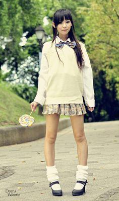 Kogal kogyaru japanese fashion style, big sweater with bow and skirt, loose socks