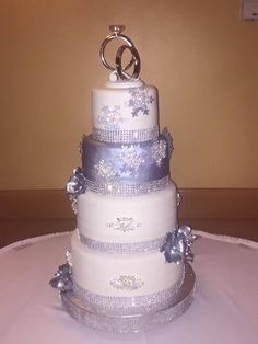 https://flic.kr/p/KntbLB | 4 tier silver wedding cake