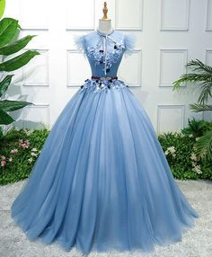 blue prom dresses 2018 Long Sleeve Gold Prom Dresses,Long Evening Dresses,Prom Dresses On Sale Want a glamorous red carpet look for a fraction of the price? This exquisite dress would Gold Prom Dresses, Blue Evening Dresses, Evening Gowns, Formal Dresses, Elegant Dresses, Short Dresses, Wedding Dresses, Ball Gowns Prom, Ball Dresses