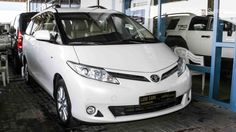Toyota Previa SE
