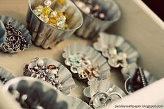 How cute! Use baking moulds to store rings and earrings #jewellery #diy www.GemaJewellery.com