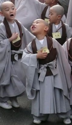 Baby Monks | These children drew a lot of attention in the parade