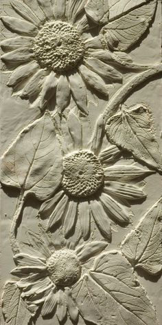 Sunflower Coving - susan faux plaster reliefs